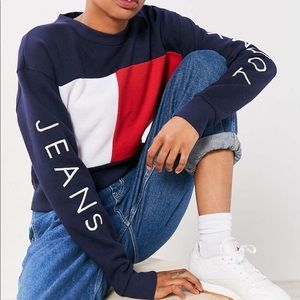 TH colorblock capsule collection flag sweatshirt